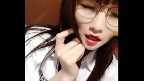 Cute Chinese Glasses Girl Live Creampie 13