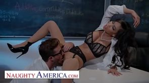 Naughty America – Gia Milana teaches Lucas how to fuck in class