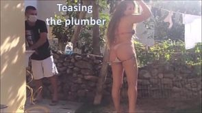Teasing the plumber – slut wife and husband cuckold real amateurs