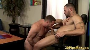 Rimming muscled guy gets pounded
