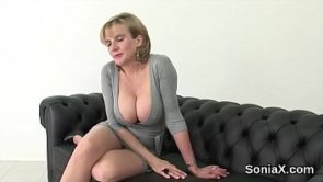 Adulterous british mature lady sonia exposes her massive boobs