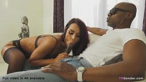 Sean Michaels Destroys T-Girl Khloe Kay&#039_s Fuckhole
